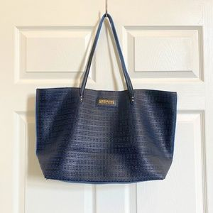 ❤️ NAVY BLUE KENNETH COLE TOTE❤️